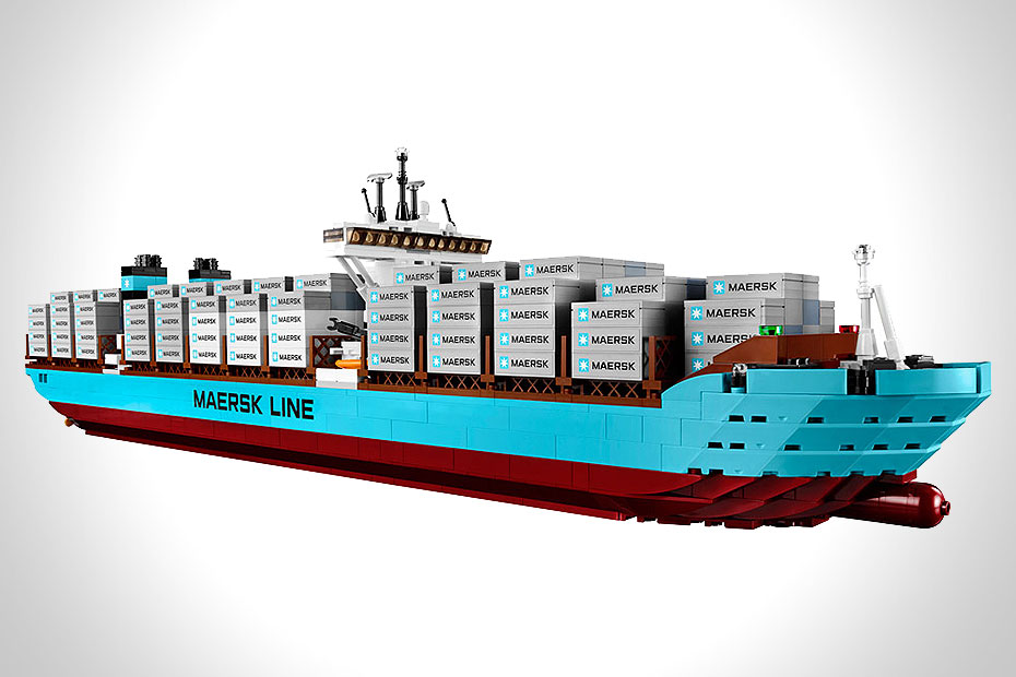 MAERSK LINE TRIPLE-E LEGO SHIP