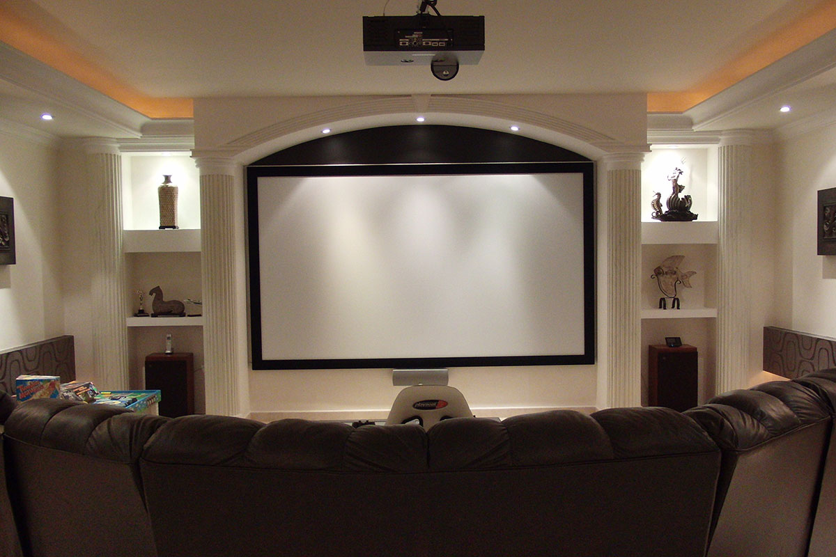 Xiaomi Mi Laser Projector Is An Affordable Cinema Quality
