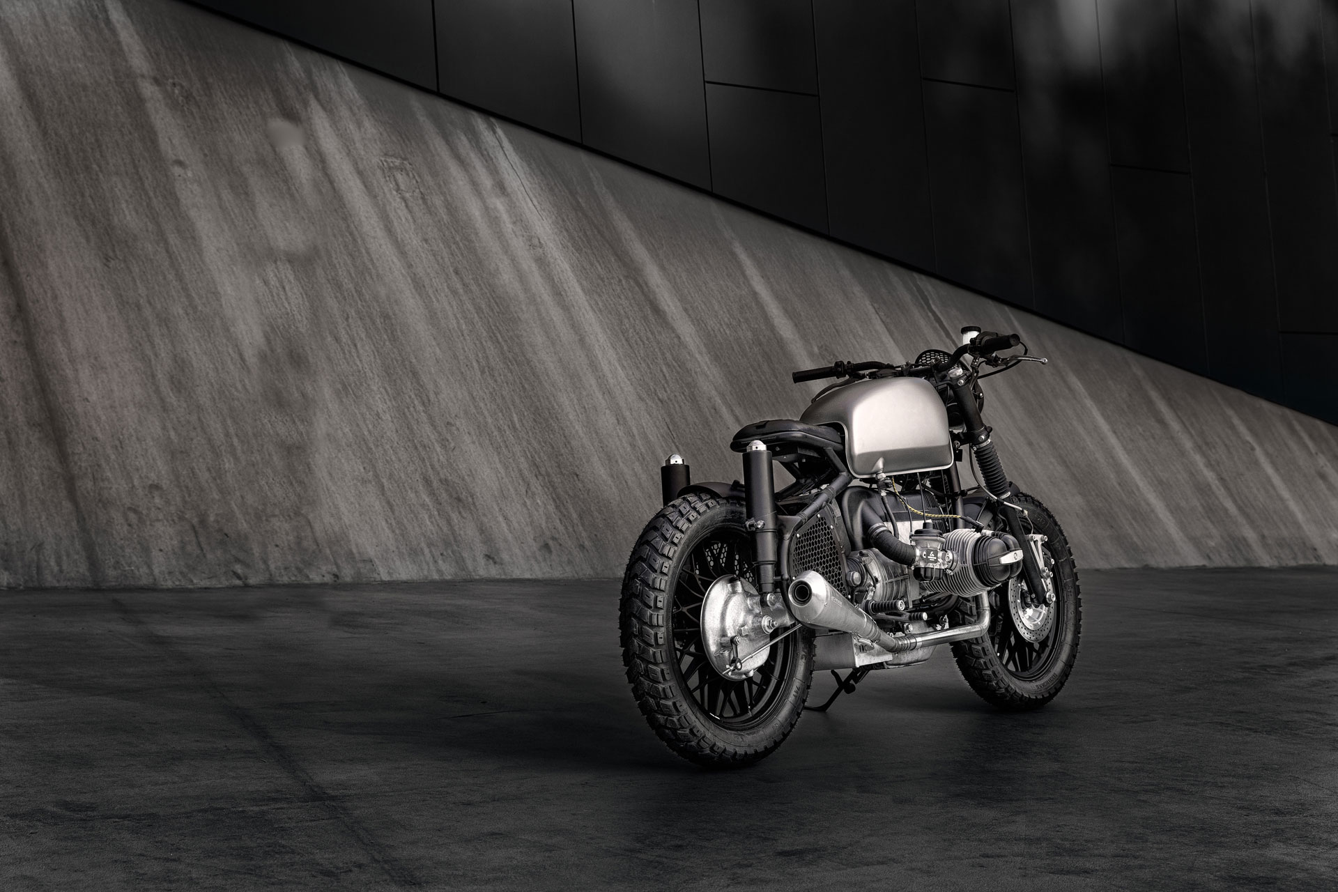 ER-Motorcycles-BMW-R69S-Voltron-03