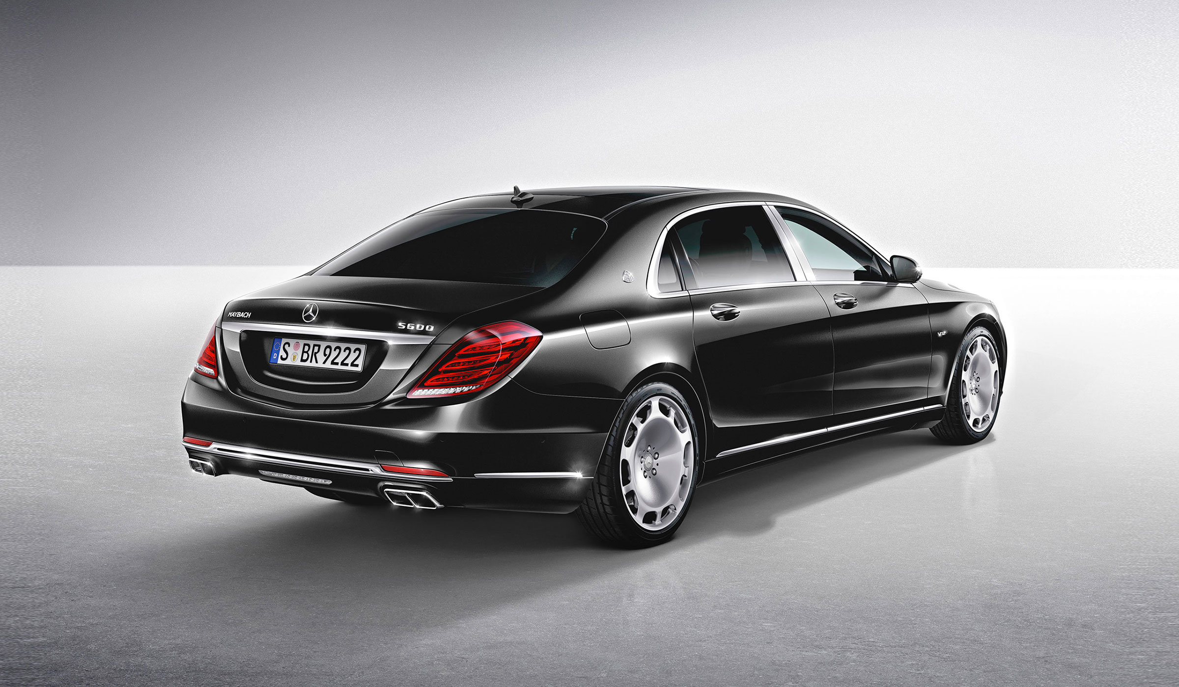 2015-S-CLASS-S600-MAYBACH-FUTURE-GALLERY-001-WR-D