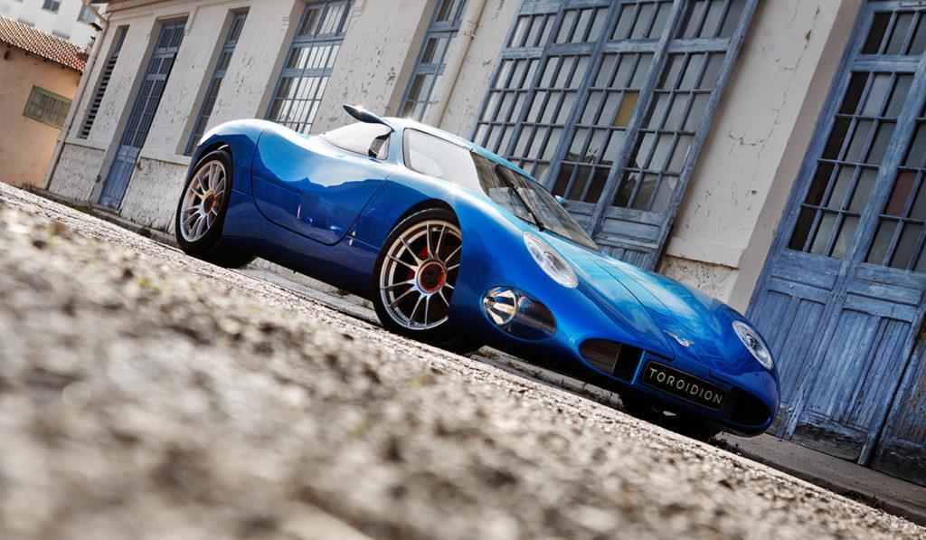 Toroidion-1MW-Electric-Supercar-Concept_1