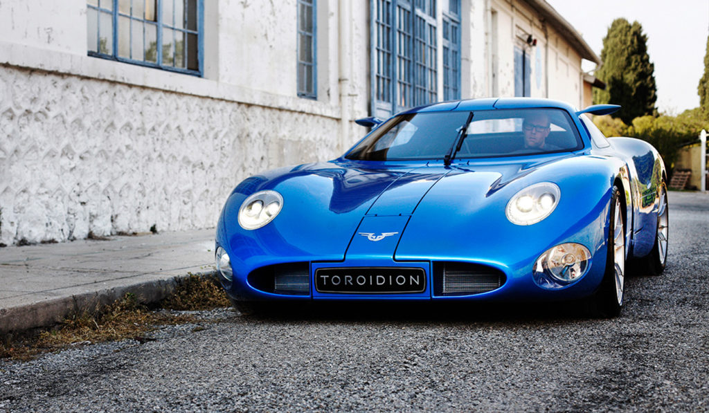 Toroidion-1MW-Electric-Supercar-Concept_5
