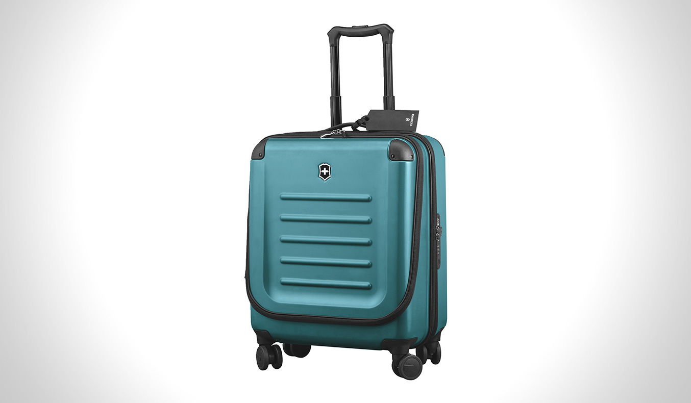 VICTORINOX LIMITED EDITION LAGOON BLUE SPECTRE 2.0 TRAVEL GEAR