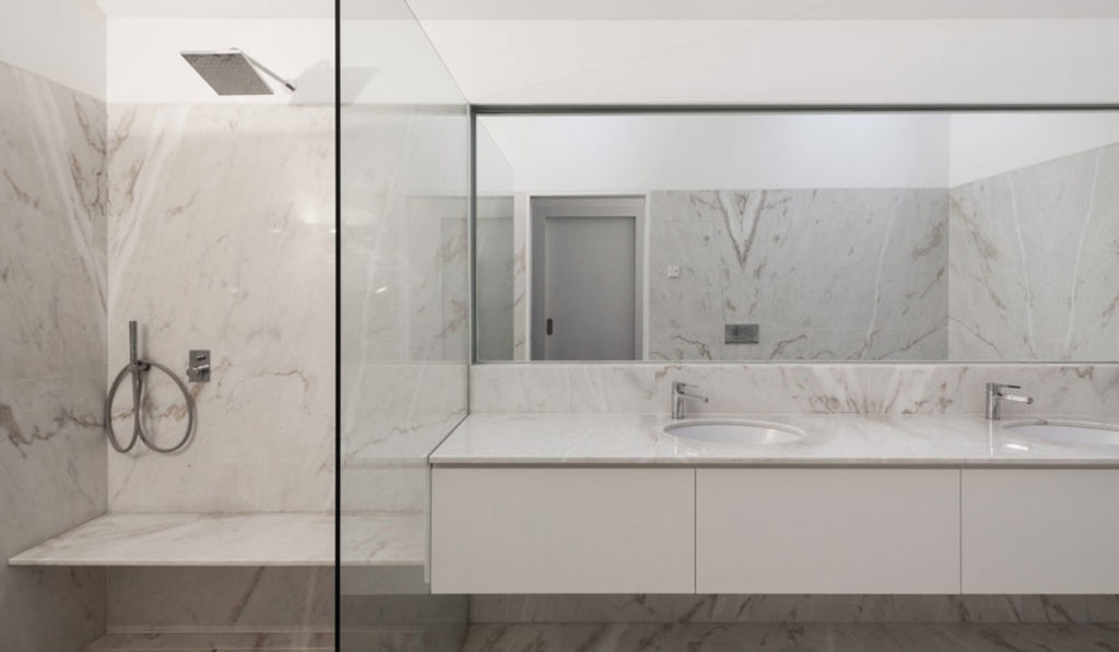 PROD_House_of_four_houses_bathroom_view