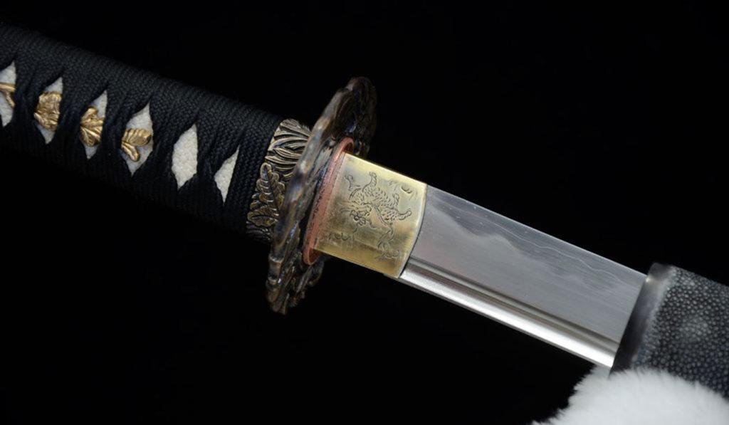 Custom-Samurai-Swords-By-Swords-Of-Northshire-01