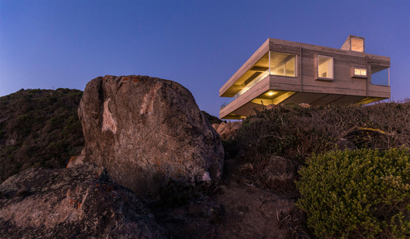 THE MIRADOR HOUSE BY GUBBINS ARQUITECTOS