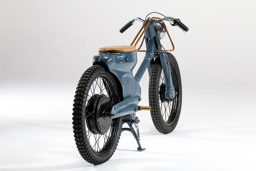 Deus-Electric-Motorcycle-02