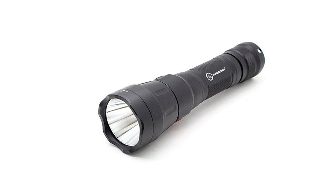 Sunwayman-T21Cs-Tactical-Flashlight-02