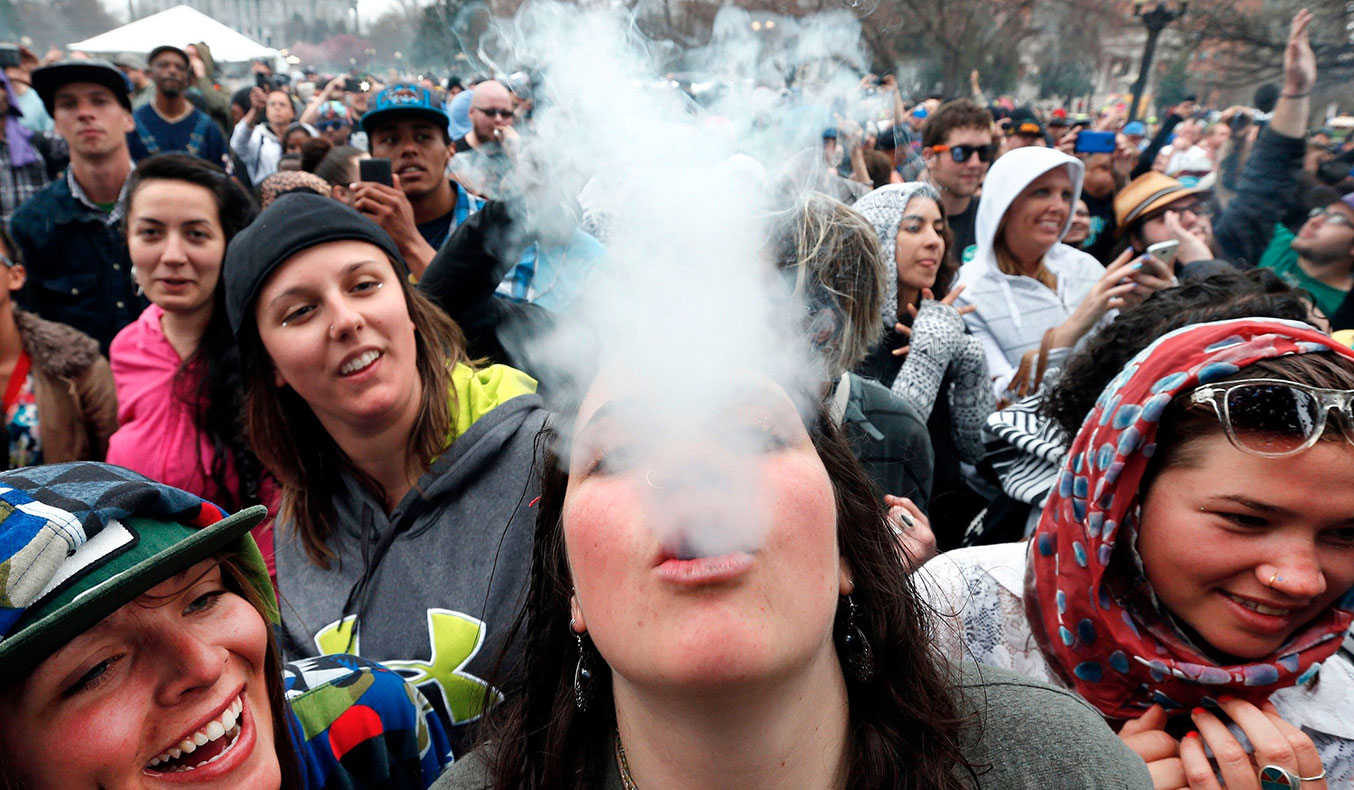 colorado-raises-more-tax-revenue-from-pot-than-alcohol