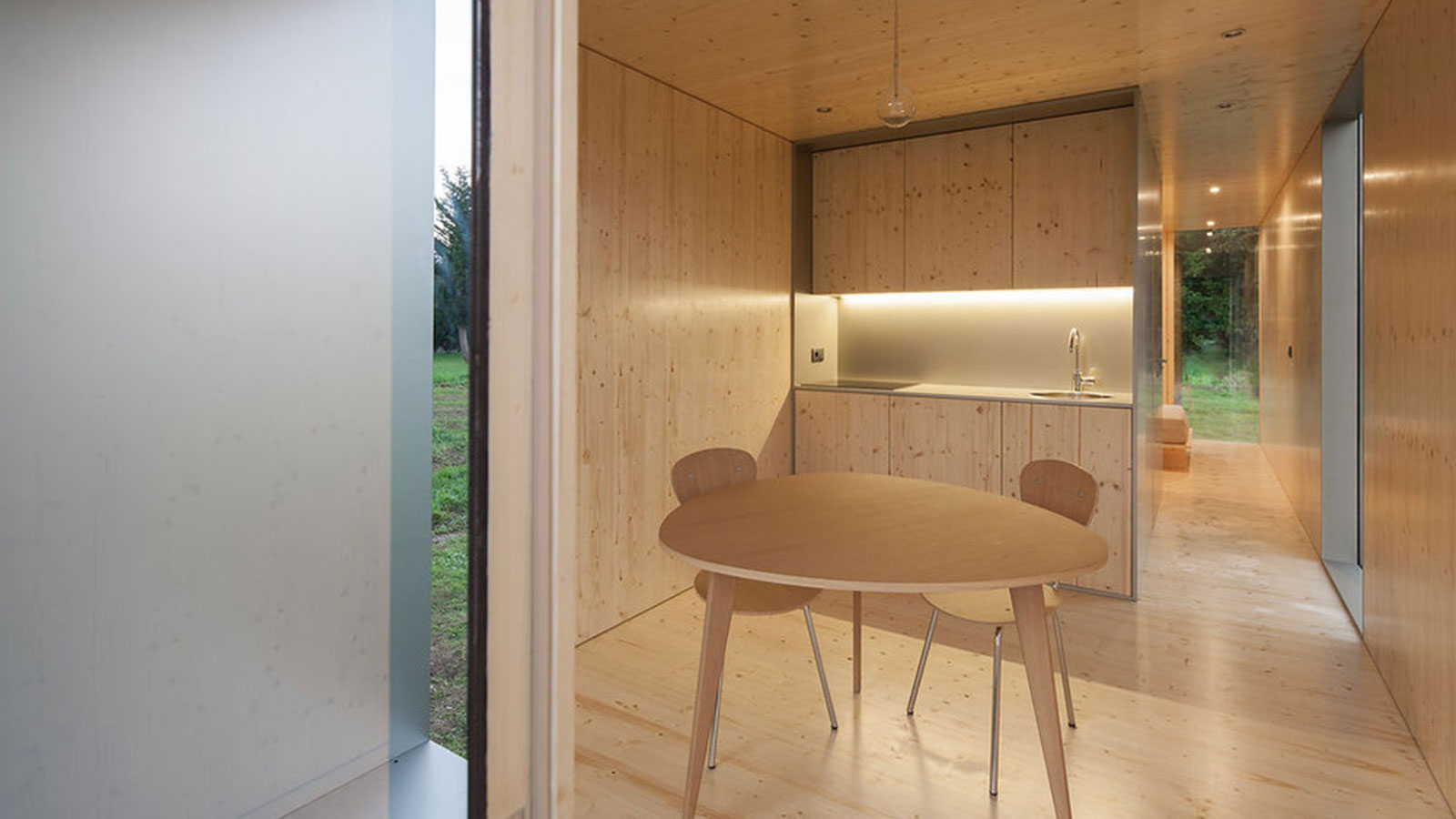 The-Mima-Light-Floating-House-4
