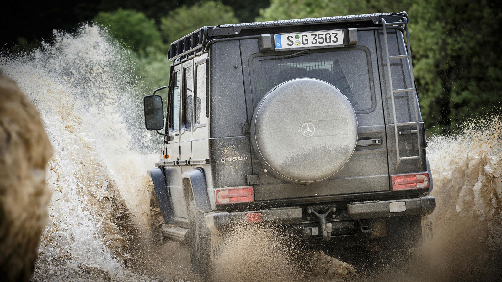 Mercedes-Benz-G-350-d-Professional-16