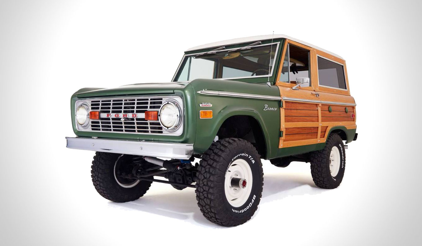 Vintage Woody Ford Bronco Muted