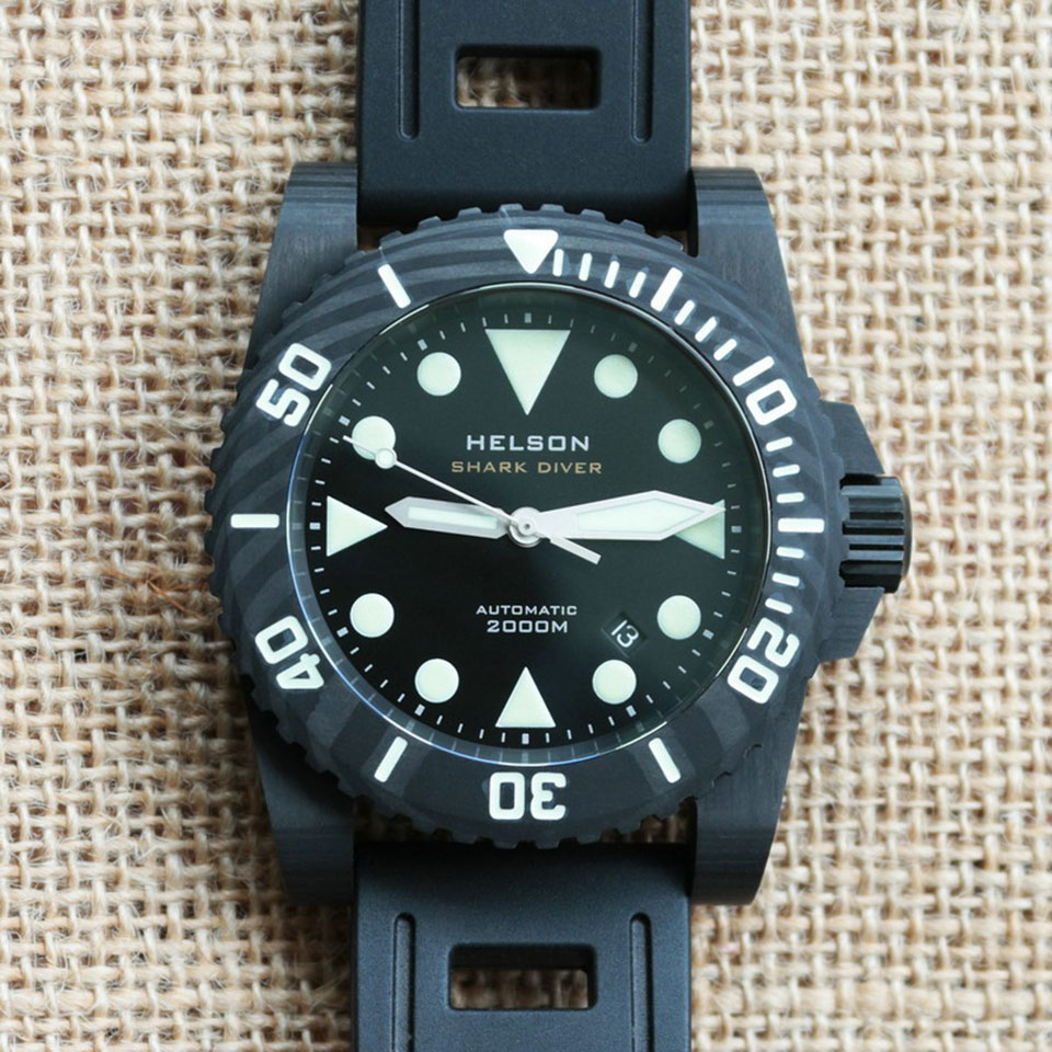 how to wear a diver watch