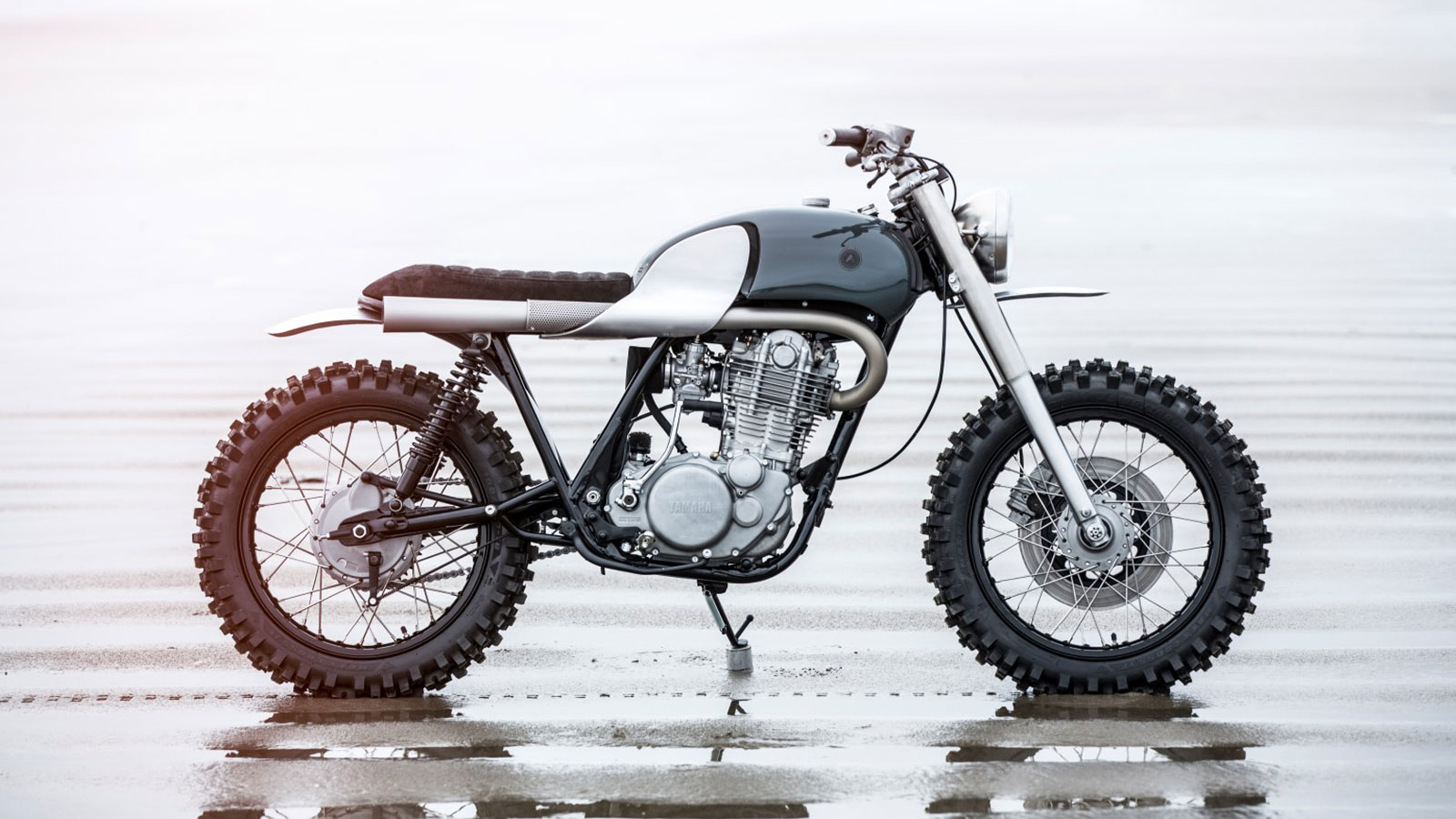 Auto fabrica type 7x scrambler muted for Yamaha motorcycle types