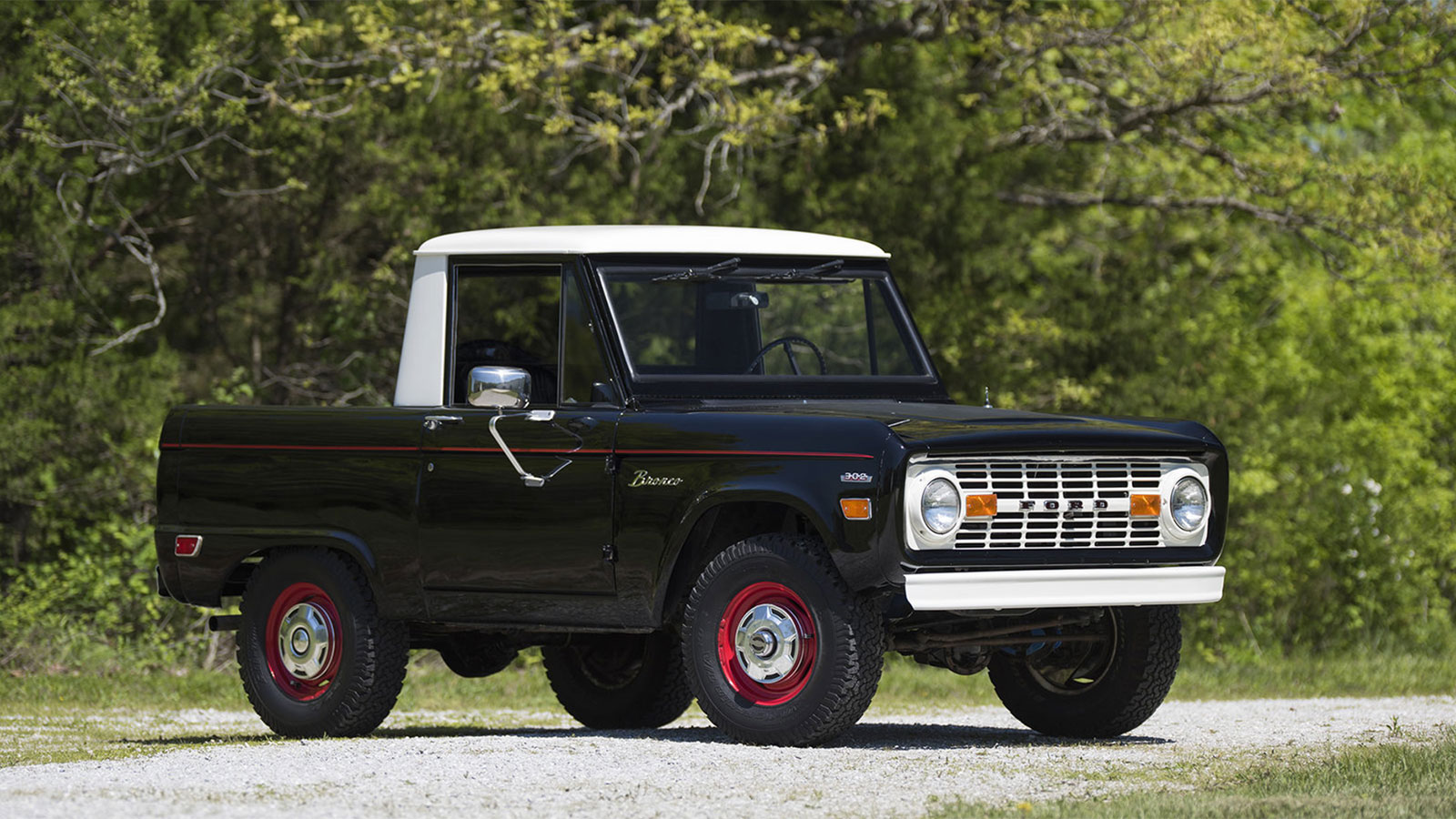 1969 Ford Bronco Half Cab Muted