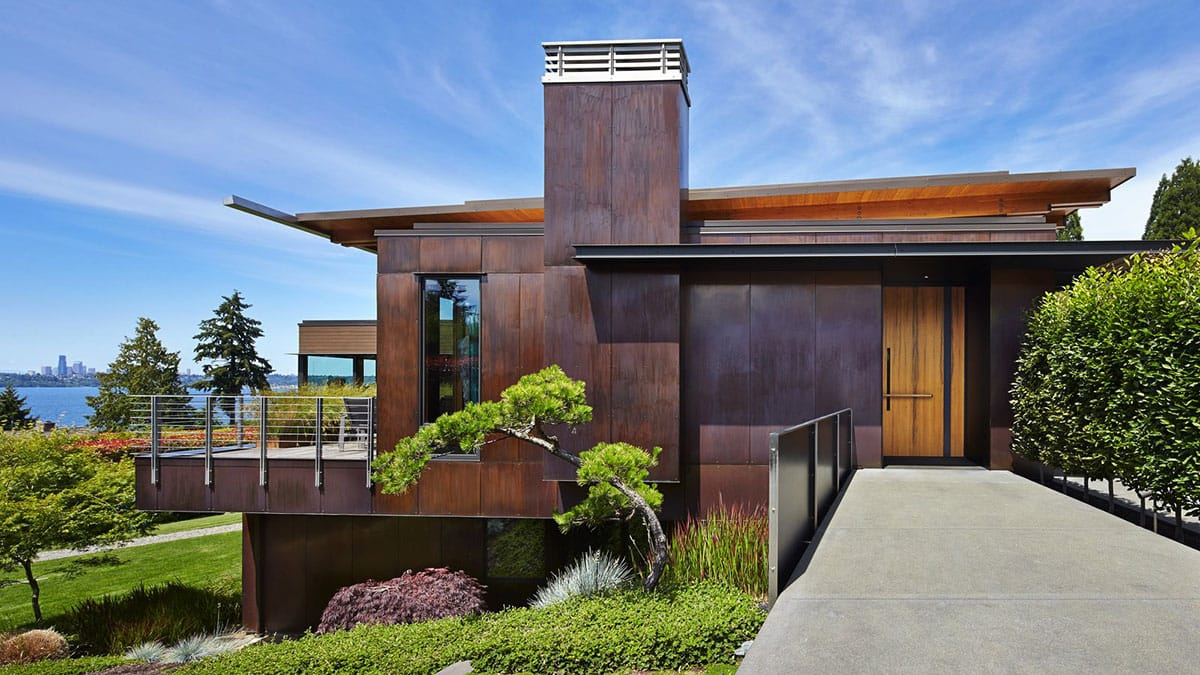 SKYLINE HOUSE BY TERRY AND TERRY ARCHITECTS   Muted